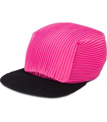 homme plissé issey miyake pleated cap - pink