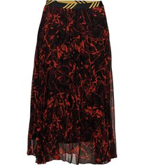 okka knälång kjol röd by malene birger