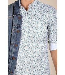 camisa flores azules