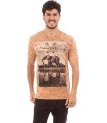 camiseta aes 1975 safari masculina