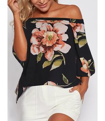 blusa con hombros descubiertos y estampado floral al azar con diseño de abertura negra