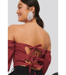 na-kd boho back detail structured blouse - red