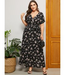 plus talla negro cinturón diseño estampado floral cuello en v manga corta vestido