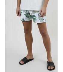 short masculino estampado de folhagem com cordão e bolsos off white