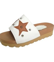 sandalia blanca supercompras estrellas