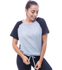 alexia t-shirt para dama cortes en costados delanteros y posterior con cordones funcionales en delantero