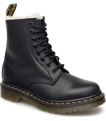 1460 serena black burnished wyoming shoes boots ankle boots ankle boot - flat svart dr. martens