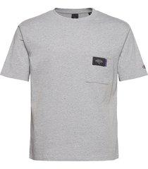neps jersey crewneck tee with chestpocket t-shirts short-sleeved grå scotch & soda