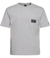 neps jersey crewneck tee with chestpocket t-shirts short-sleeved grå scotch & soda