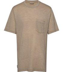 mens nature dye drayden ss pocket crewe t-shirts short-sleeved beige icebreaker
