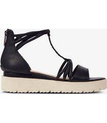 sandalett med plattformssula