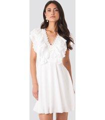 trendyol neck detail midi dress - white
