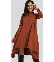 na-kd asymmetrical shirt dress - copper