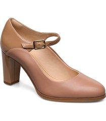 kaylin alba shoes heels pumps classic beige clarks