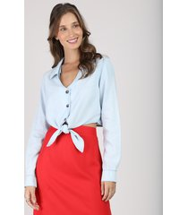 camisa feminina cropped com nó manga longa decote v azul claro