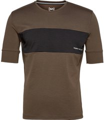 m gravier tee t-shirts & tops short-sleeved brun super.natural