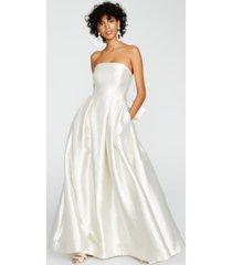 betsey johnson strapless metallic jacquard gown