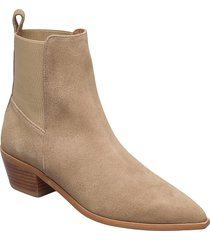 willow suede shoes boots ankle boots ankle boot - heel beige flattered