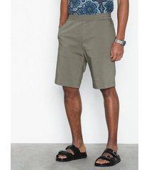 elvine watson shorts shorts eucalyptus