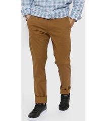 pantalón marrón gap