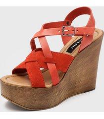 sandalia cuero rojo pollini
