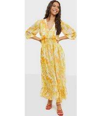 y.a.s yascitrus 3/4 ankle dress s. loose fit dresses