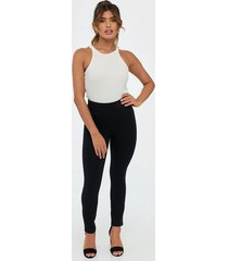 spanx leggings shaping & support