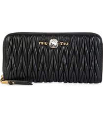 miu miu women's quilted leather wallet - black