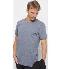 camiseta básica manga curta forum masculina