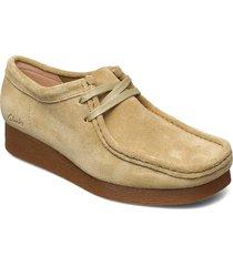 wallabee 2 loafers låga skor brun clarks