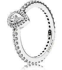 anel delicada gota de água brilhante