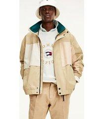 tommy hilfiger men's icon hooded bomber jacket camel - s