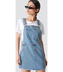 na-kd dungaree dress - blue