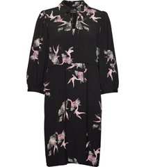 slfallison-damina 3/4 aop short dress b jurk knielengte zwart selected femme