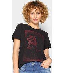 camiseta forum flores feminina - feminino