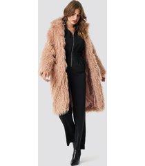 na-kd faux fur long jacket - pink