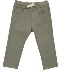 jeans color bebo i verde militar corona