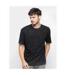 camiseta osklen double bold bolso masculina