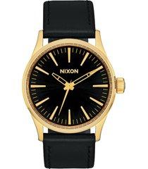 reloj sentry 38 leather dorado nixon