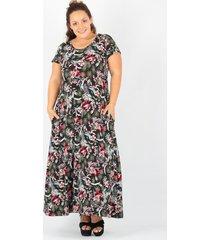 vestido negro minari flor plus size