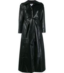 nanushka trench coat com efeito de couro - preto