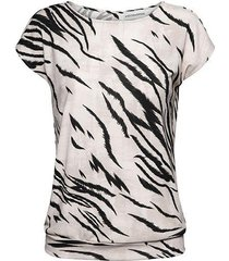 &co woman and co top lilly zebra