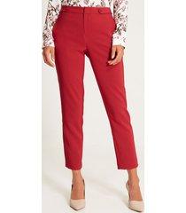 pantalón unicolor botones rojo 6