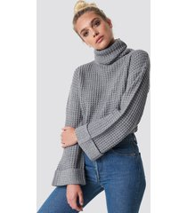 na-kd short pineapple knitted sweater - grey