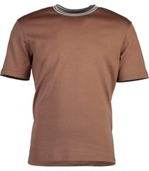 cammelo round neck triangle stitch t-shirt