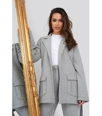 romy x na-kd front pocket oversized blazer - grey