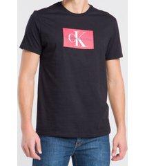camiseta calvin klein jeans logo preto