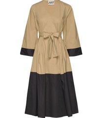 ellie contrast dress knälång klänning guld just female