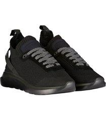 sneaker light sole