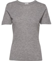 merino wool tee t-shirts & tops short-sleeved grijs filippa k